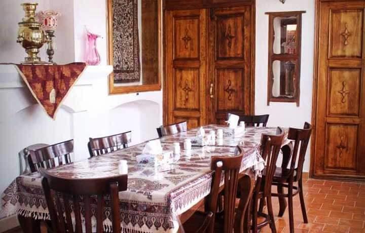 خانه یزدان پناه قم-رستوران-آمیار24