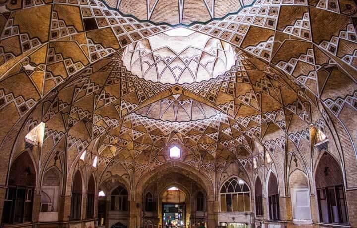 بازار قدیمی قم-آمیار24