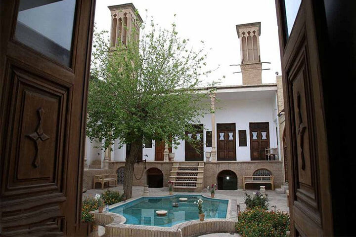 خانه تاریخی زند قم-آمیار24